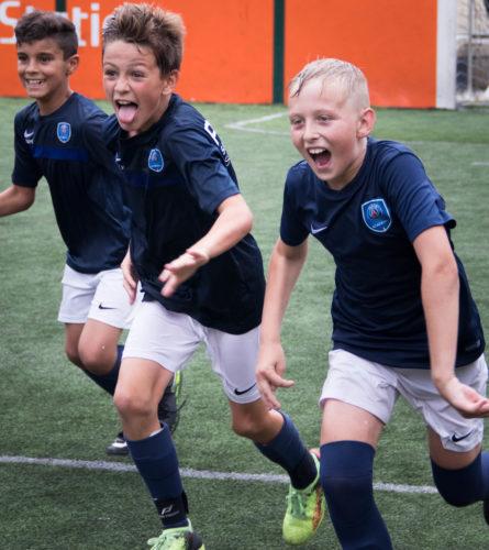 Joie enfants stage de foot